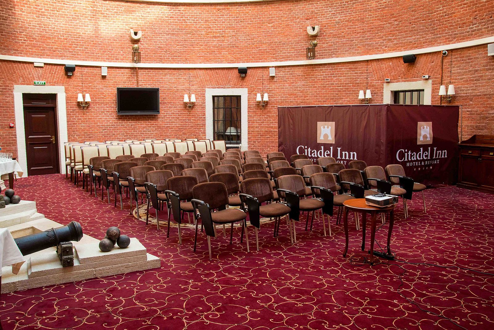 the luxurious and elegant business conference rooms. Luxury Meeting Space - Citadel Inn The Luxurious And Elegant Business Conference Rooms C